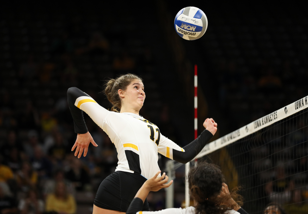 Iowa Hawkeyes middle blocker Blythe Rients (11) against the Minnesota Golden Gophers Wednesday, October 2, 2019 at Carver-Hawkeye Arena. (Brian Ray/hawkeyesports.com)