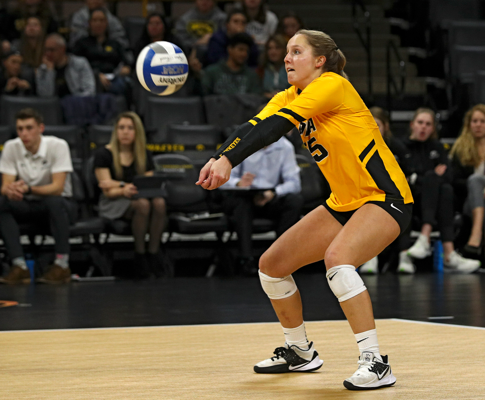 Iowa's Maddie Slagle (15) eyes the ball during the first set of their match at Carver-Hawkeye Arena in Iowa City on Friday, Nov 29, 2019. (Stephen Mally/hawkeyesports.com)