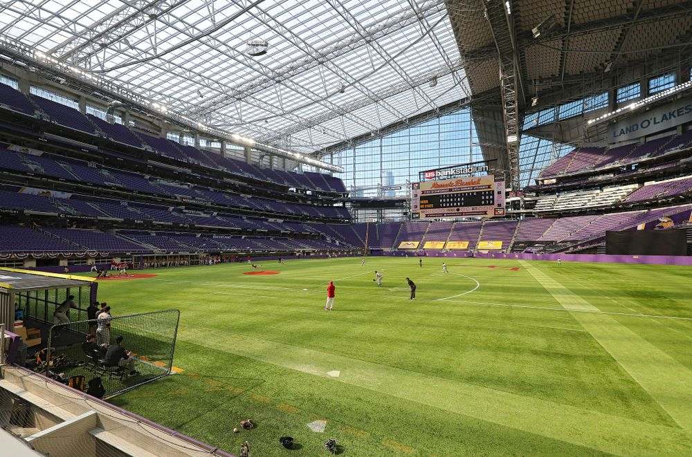The Hawkeyes field during the seventh inning of their CambriaCollegeClassic game at U.S. Bank Stadium in Minneapolis, Minn. on Friday, February 28, 2020. (Stephen Mally/hawkeyesports.com)