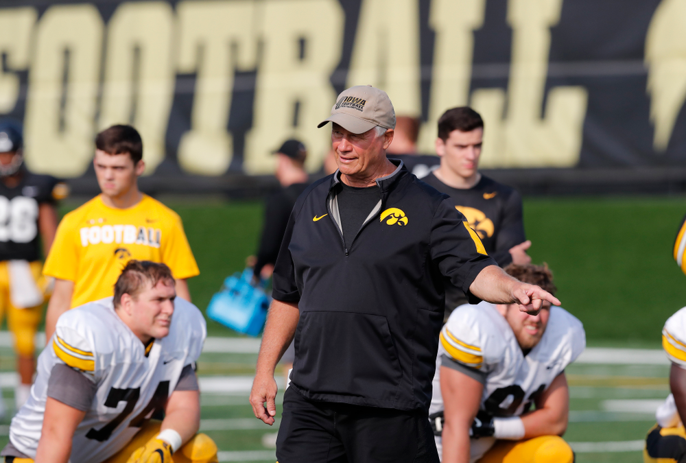 Iowa Hawkeyes defensive line coach Reese Morgan during camp practice No. 16 Tuesday, August 21, 2018 at the Hansen Football Performance Center. (Brian Ray/hawkeyesports.com)