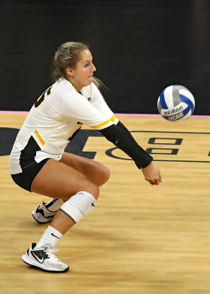 Iowa's Maddie Slagle (15) gets a dig during the third set of their volleyball match at Carver-Hawkeye Arena in Iowa City on Sunday, Oct 13, 2019. (Stephen Mally/hawkeyesports.com)