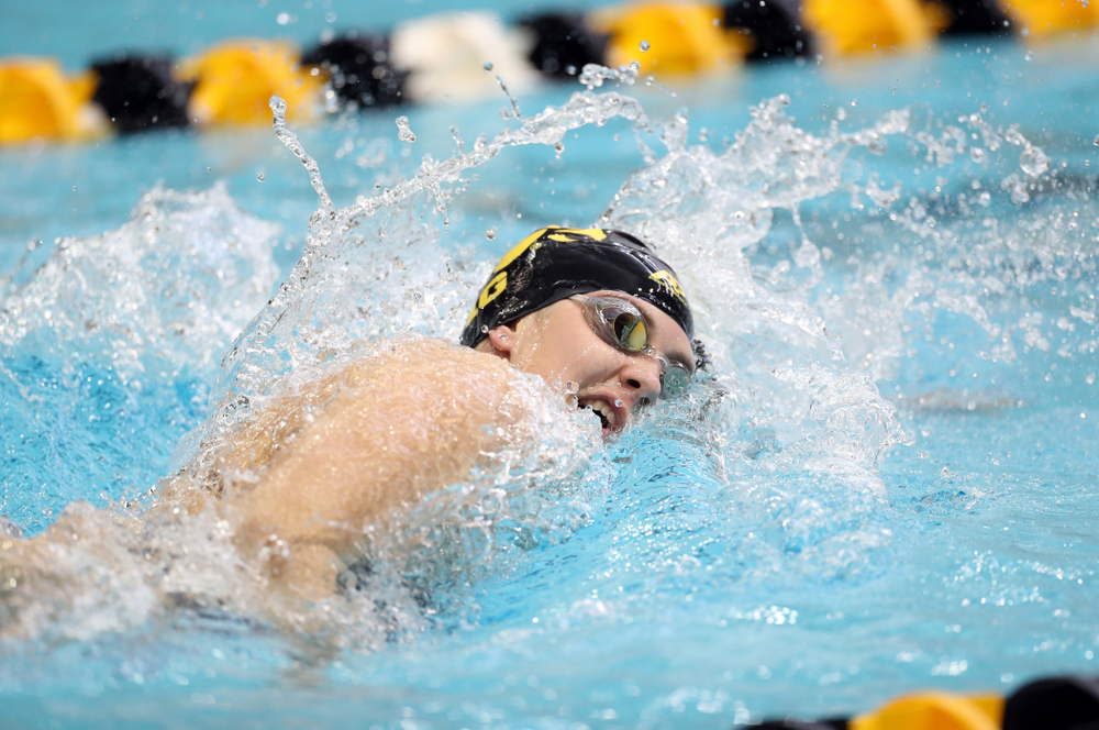 IowaÕs Payton Lange swims the 200 yard freestyle agains the Michigan Wolverines Friday, November 1, 2019 at the Campus Recreation and Wellness Center. (Brian Ray/hawkeyesports.com)