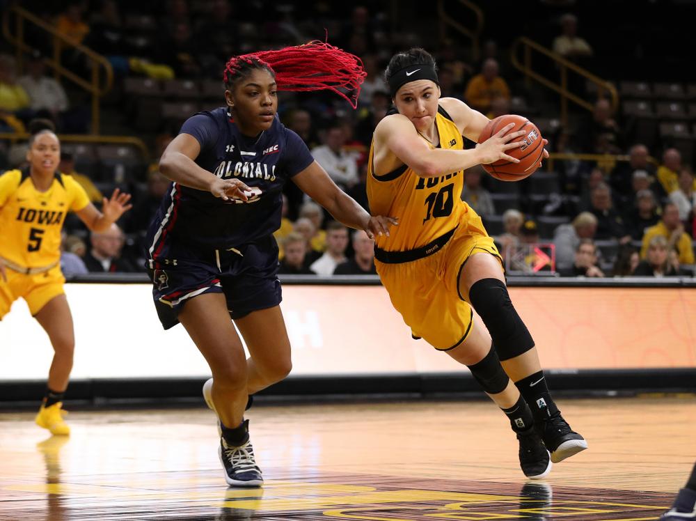 Iowa Hawkeyes forward Megan Gustafson (10) against the Robert Morris Colonials Sunday, December 2, 2018 at Carver-Hawkeye Arena. (Brian Ray/hawkeyesports.com)