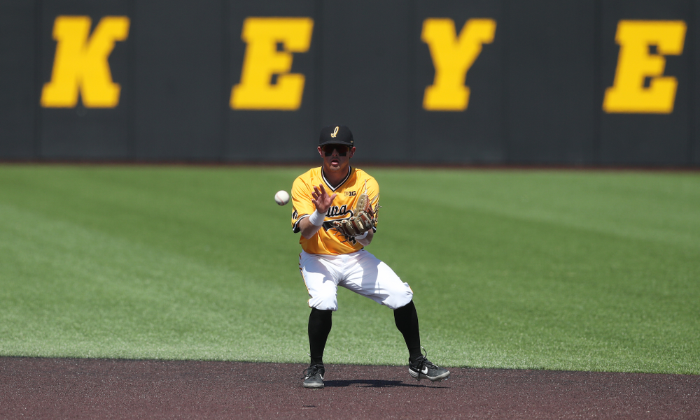 Iowa Hawkeyes infielder Mitchell Boe (4) against the Nebraska Cornhuskers Sunday, April 21, 2019 at Duane Banks Field. (Brian Ray/hawkeyesports.com)