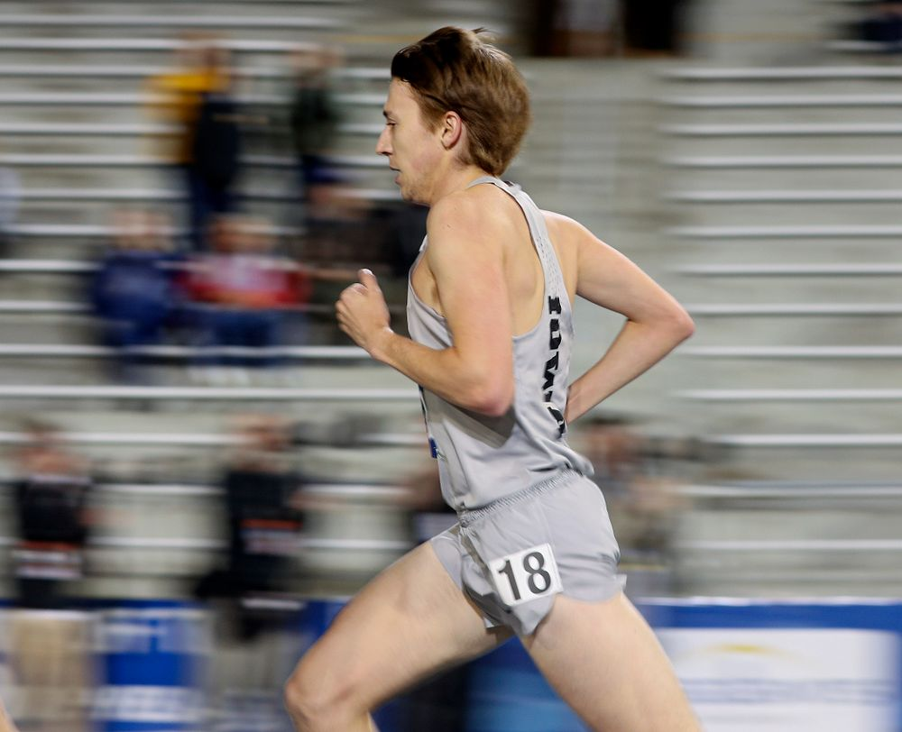 Iowa's Daniel Murphy runs the men's 5000 meter event during the first day of the Drake Relays at Drake Stadium in Des Moines on Thursday, Apr. 25, 2019. (Stephen Mally/hawkeyesports.com)