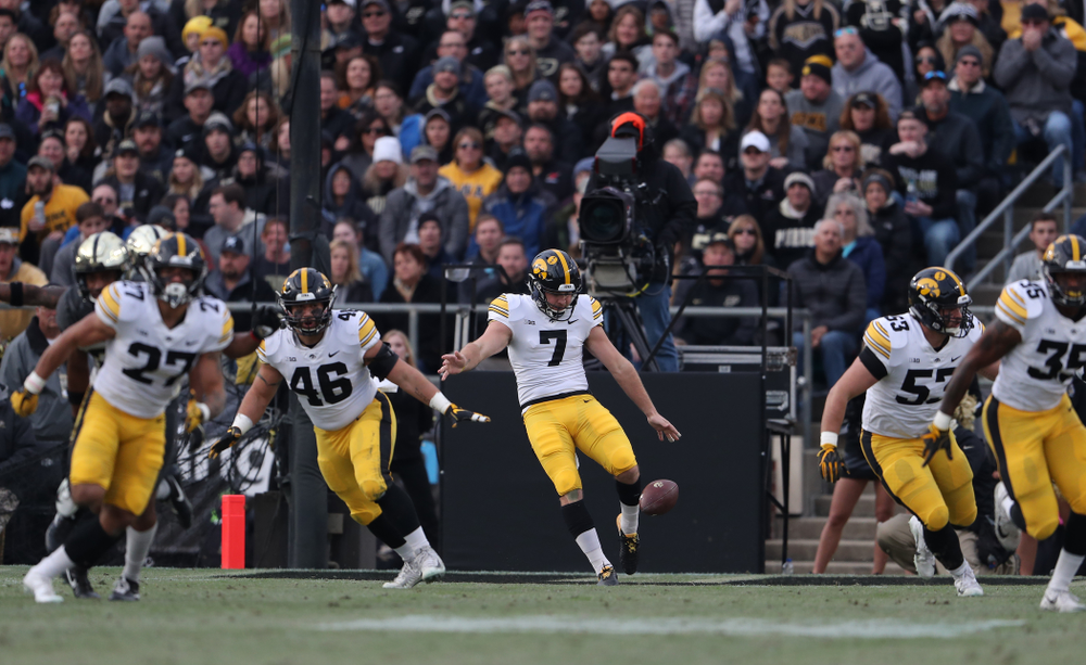 Iowa Hawkeyes punter Colten Rastetter (7) against the Purdue Boilermakers Saturday, November 3, 2018 Ross Ade Stadium in West Lafayette, Ind. (Brian Ray/hawkeyesports.com)