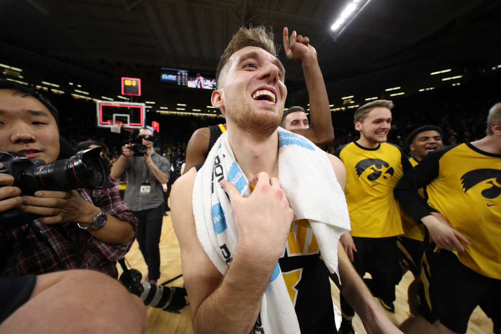 Iowa Hawkeyes guard Jordan Bohannon (3) celebrates after defeating the Indiana Hoosiers in overtime Friday, February 22, 2019 at Carver-Hawkeye Arena. (Brian Ray/hawkeyesports.com)