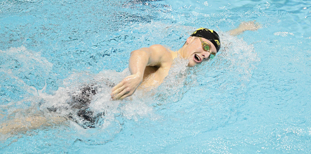 Iowa's Ryan Purdy swims the men's 500 yard freestyle event during their meet at the Campus Recreation and Wellness Center in Iowa City on Friday, February 7, 2020. (Stephen Mally/hawkeyesports.com)