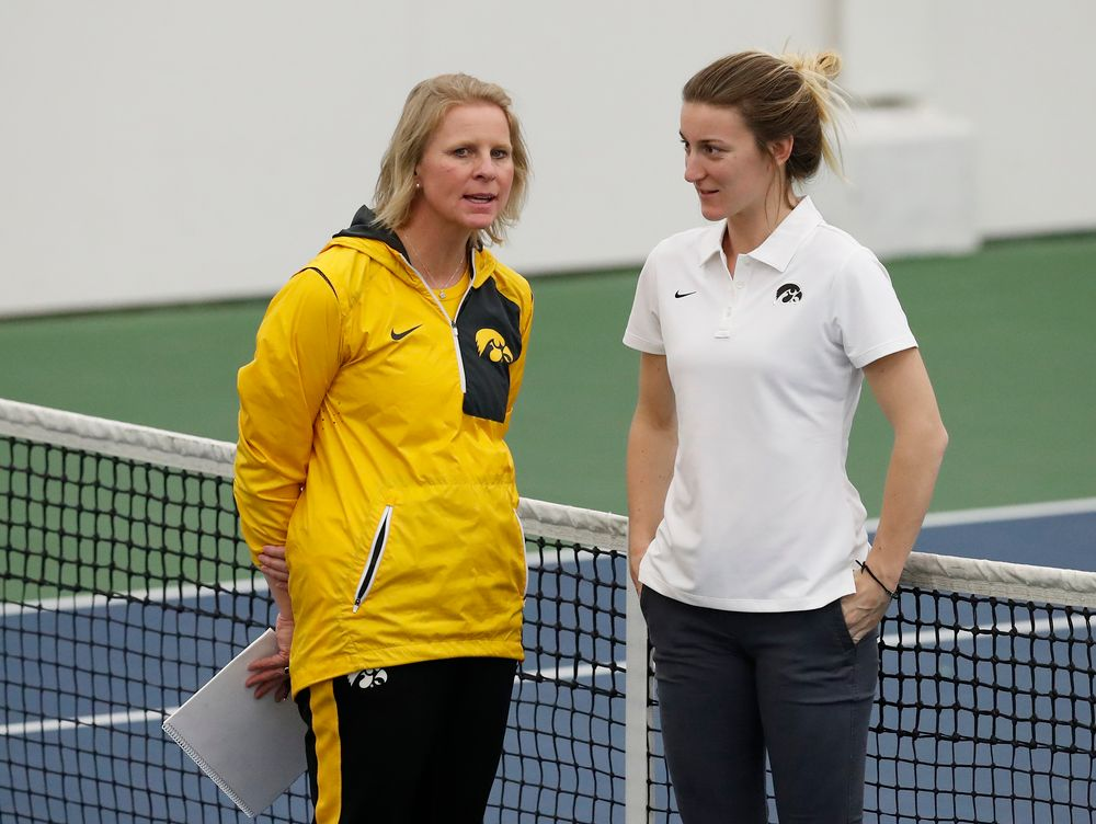Head Coach Sasha Schmid, volunteer assistant coach Ruth Seaborne