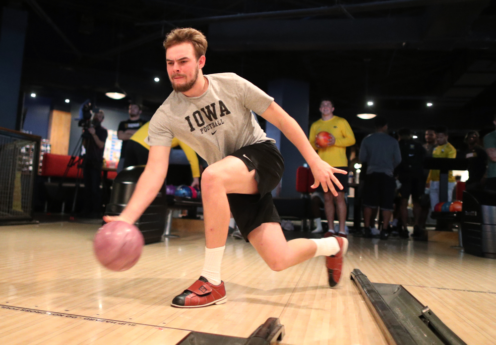 Iowa Hawkeyes quarterback Peyton Mansell (2) during the Players' Night at Splitsville Friday, December 28, 2018 in the Sparkman Wharf area of Tampa, FL.(Brian Ray/hawkeyesports.com)