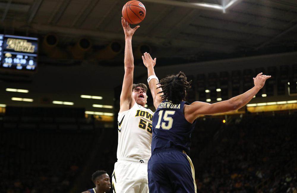 Iowa Hawkeyes forward Luka Garza (55) against the Pitt Panthers Tuesday, November 27, 2018 at Carver-Hawkeye Arena. (Brian Ray/hawkeyesports.com)