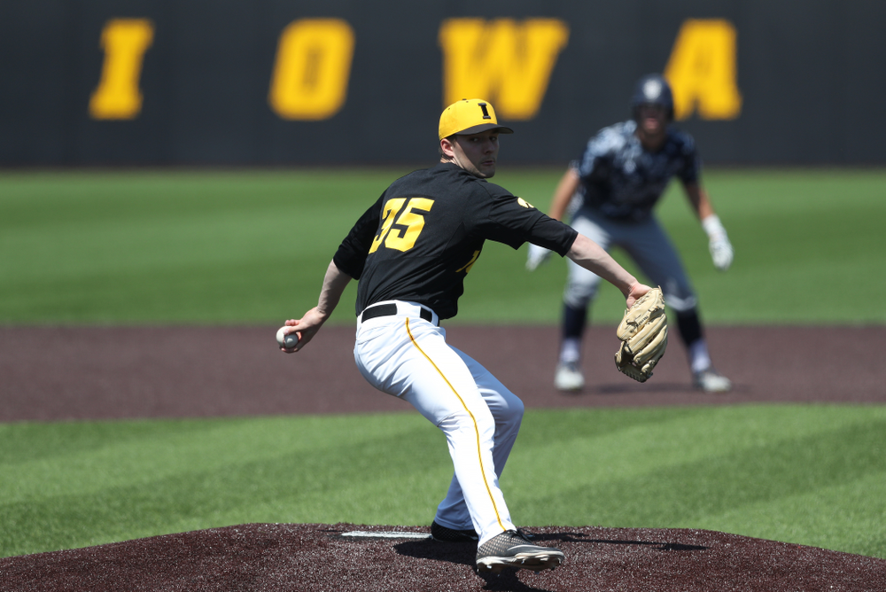 Iowa Hawkeyes Cam Baumann (35) delivers the ball to the plate during game two against UC Irvine Saturday, May 4, 2019 at Duane Banks Field. (Brian Ray/hawkeyesports.com)