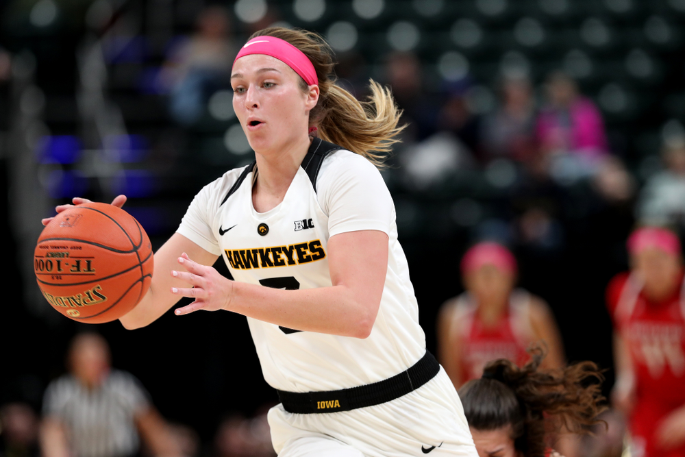 against the Rutgers Scarlet Knights in the semi-finals of the Big Ten Tournament Saturday, March 9, 2019 at Bankers Life Fieldhouse in Indianapolis, Ind. (Brian Ray/hawkeyesports.com)