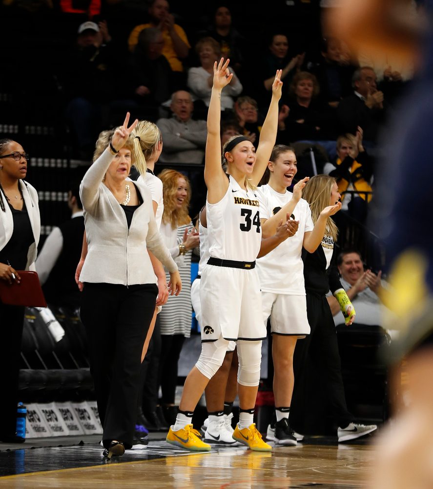 Iowa Hawkeyes forward Carly Mohns (34)