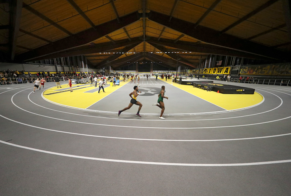 Iowa's DeJuan Frye runs the men's 1600 meter relay premier event during the Larry Wieczorek Invitational at the Recreation Building in Iowa City on Saturday, January 18, 2020. (Stephen Mally/hawkeyesports.com)