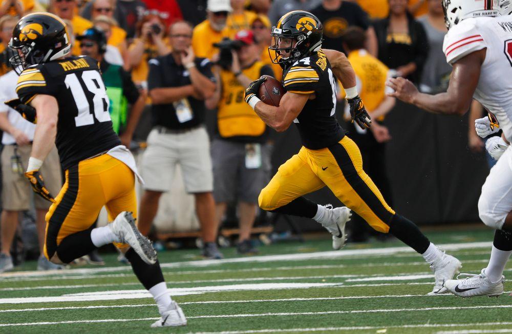 Iowa Hawkeyes wide receiver Kyle Groeneweg (14)