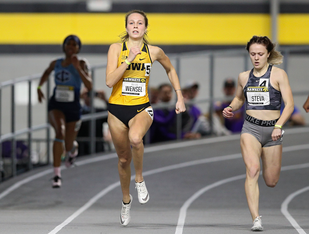 Iowa's Payton Wensel runs the women's 200 meter dash event during the Hawkeye Invitational at the Recreation Building in Iowa City on Saturday, January 11, 2020. (Stephen Mally/hawkeyesports.com)