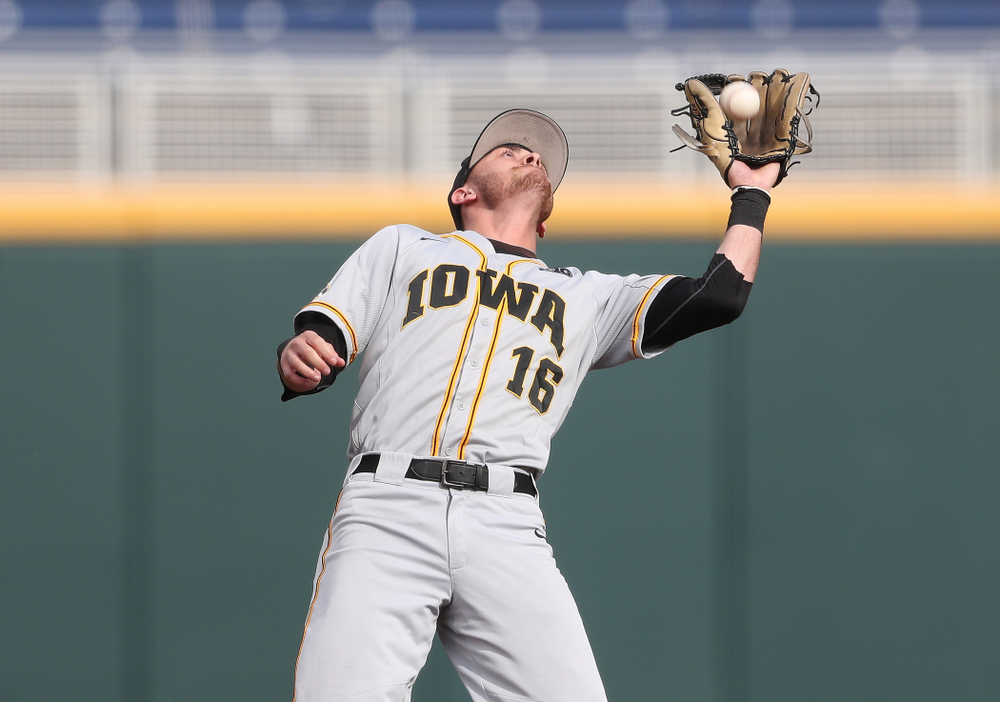 Iowa Hawkeyes Tanner Wetrich (16) against the Indiana Hoosiers in the first round of the Big Ten Baseball Tournament Wednesday, May 22, 2019 at TD Ameritrade Park in Omaha, Neb. (Brian Ray/hawkeyesports.com)