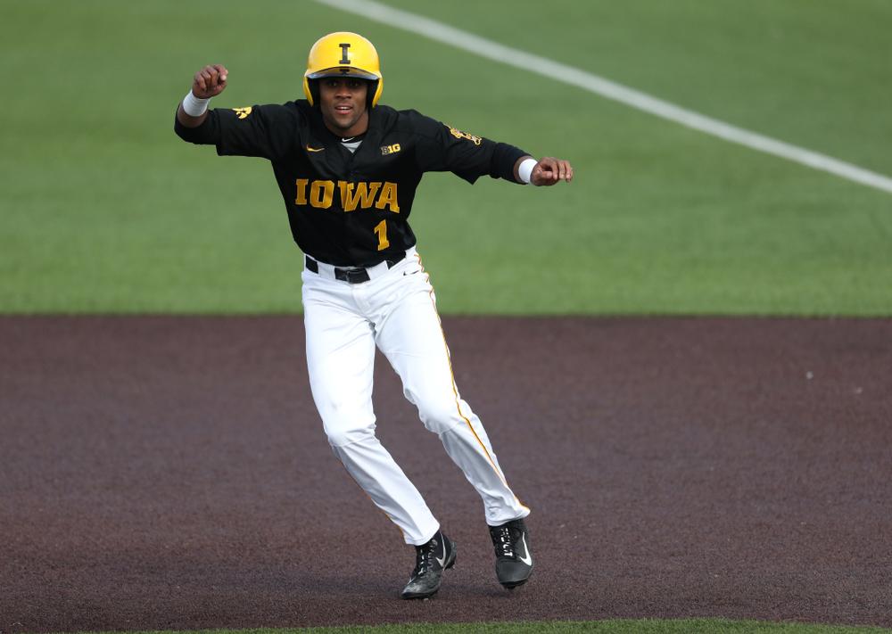 Iowa Hawkeyes infielder Lorenzo Elion (1) against California State Northridge Sunday, March 17, 2019 at Duane Banks Field. (Brian Ray/hawkeyesports.com)