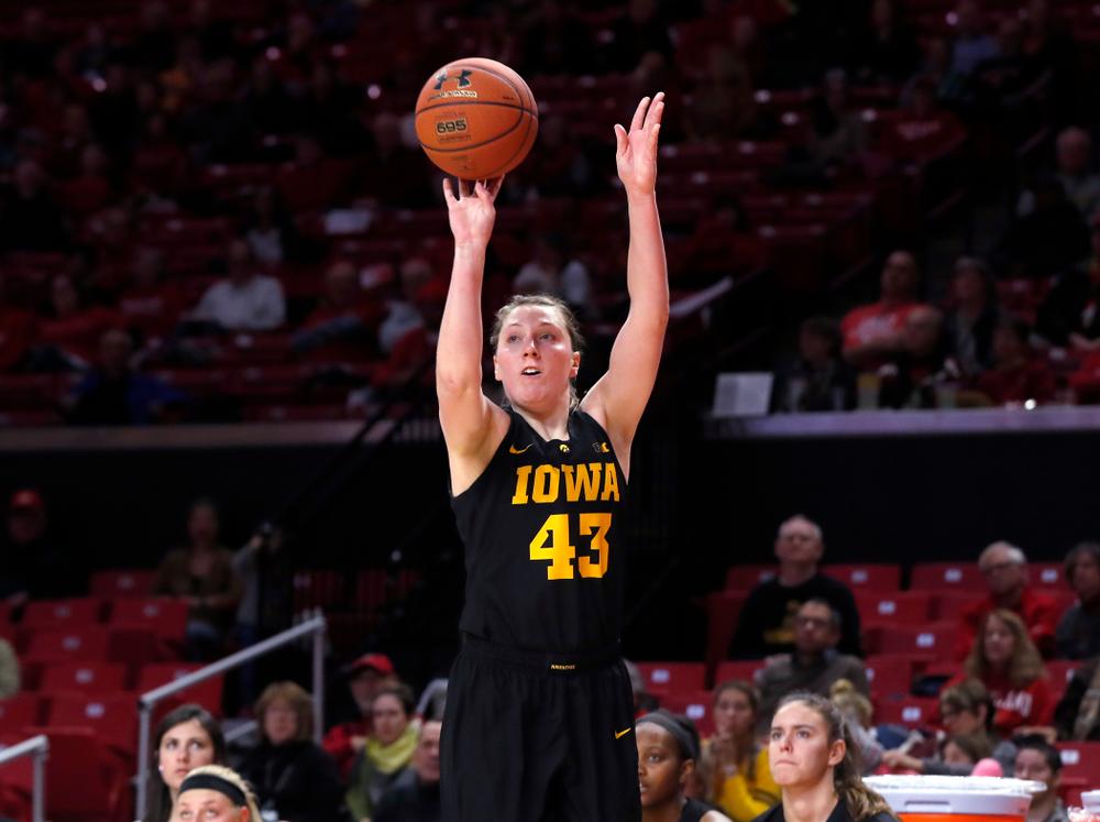 Iowa Hawkeyes forward Amanda Ollinger (43)