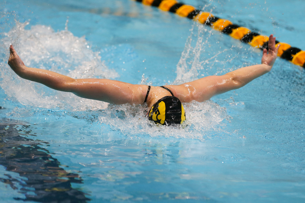 Iowa's Amy Lenderick during Iowa swim and dive vs Minnesota on Saturday, October 26, 2019 at the Campus Wellness and Recreation Center. (Lily Smith/hawkeyesports.com)