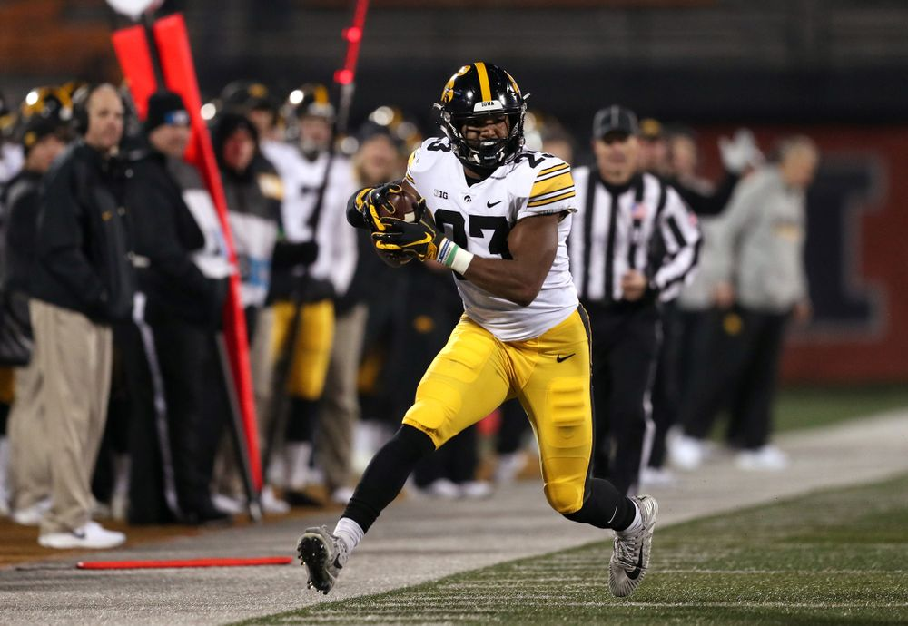 Iowa Hawkeyes wide receiver Dominique Dafney (23) against the Illinois Fighting Illini Saturday, November 17, 2018 at Memorial Stadium in Champaign, Ill. (Brian Ray/hawkeyesports.com)