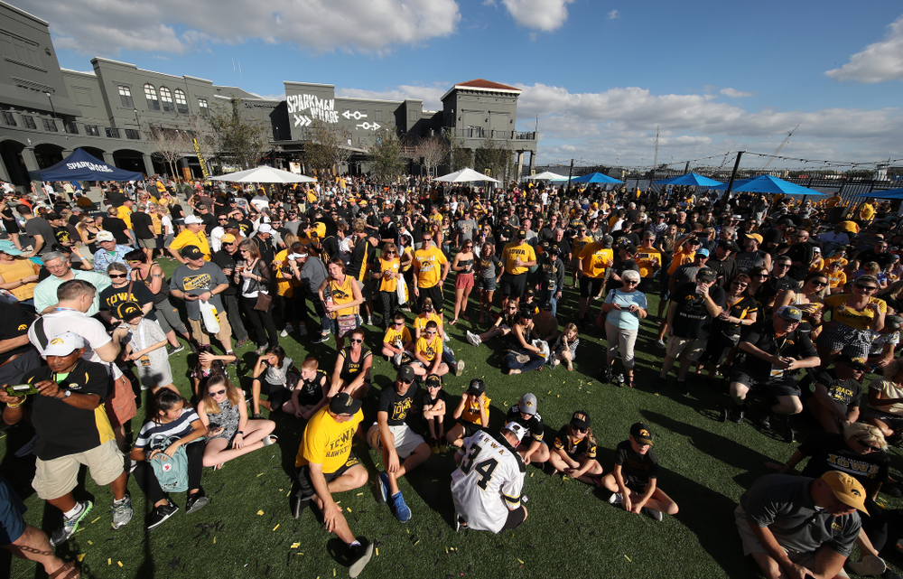 The 2019 Outback Bowl Hawkeye Huddle Monday, December 31, 2018 at Sparkman Wharf in Tampa, FL. (Brian Ray/hawkeyesports.com)