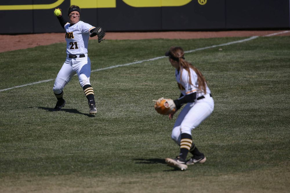 Iowa's Havyn Monteer (21) at game 3 vs Northwestern on Sunday, March 31, 2019 at Bob Pearl Field. (Lily Smith/hawkeyesports.com)