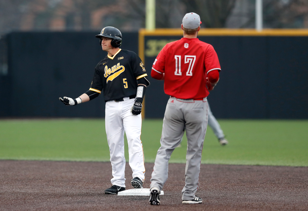 Iowa Hawkeyes catcher Tyler Cropley (5) against the Bradley Braves Wednesday, March 28, 2018 at Duane Banks Field. (Brian Ray/hawkeyesports.com)