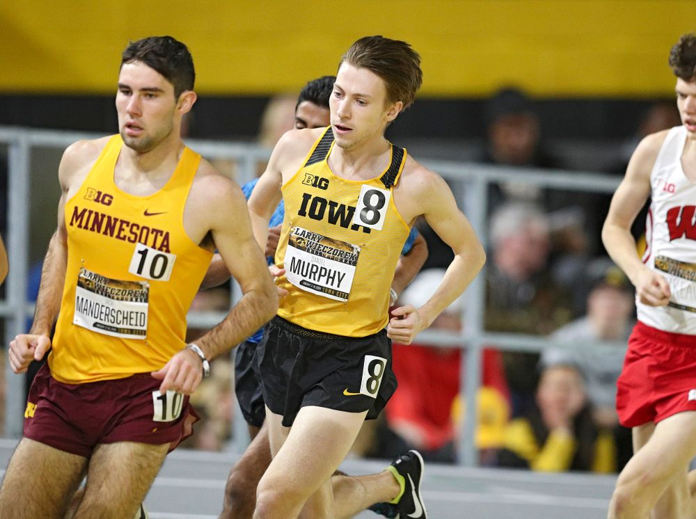 Iowa's Daniel Murphy runs the men's 3000 meter run premier event during the Larry Wieczorek Invitational at the Recreation Building in Iowa City on Saturday, January 18, 2020. (Stephen Mally/hawkeyesports.com)
