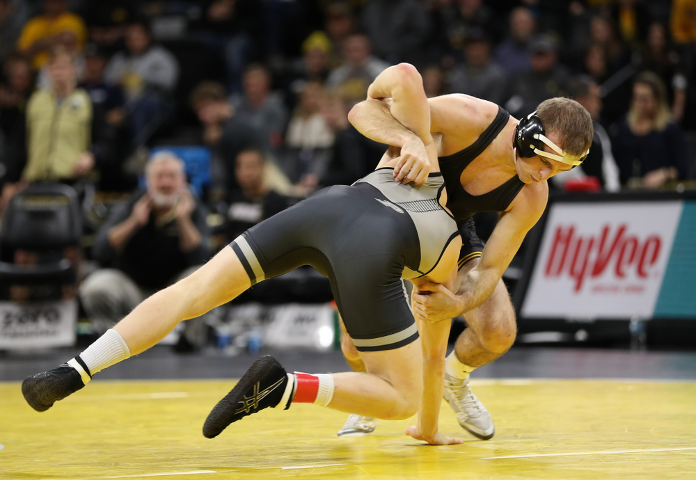 Iowa's Carter Happel  wrestles Purdue's Parker Filius at 149 pounds Saturday, November 24, 2018 at Carver-Hawkeye Arena. (Brian Ray/hawkeyesports.com)