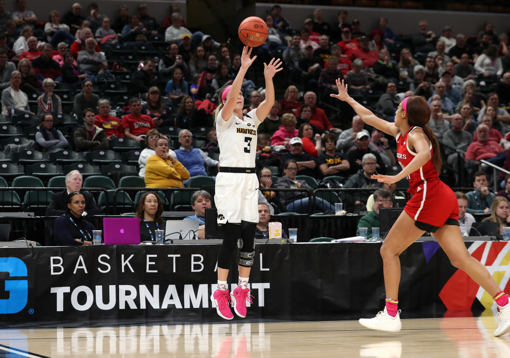Iowa Hawkeyes guard Makenzie Meyer (3) against the Rutgers Scarlet Knights in the semi-finals of the Big Ten Tournament Saturday, March 9, 2019 at Bankers Life Fieldhouse in Indianapolis, Ind. (Brian Ray/hawkeyesports.com)