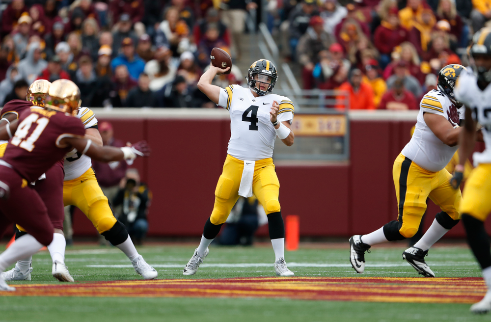 Iowa Hawkeyes quarterback Nate Stanley (4) against the Minnesota Golden Gophers Saturday, October 6, 2018 at TCF Bank Stadium. (Brian Ray/hawkeyesports.com)
