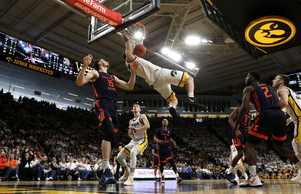 Iowa Hawkeyes forward Luka Garza (55) dunks the ball against the Illinois Fighting Illini Sunday, February 2, 2020 at Carver-Hawkeye Arena. (Brian Ray/hawkeyesports.com)