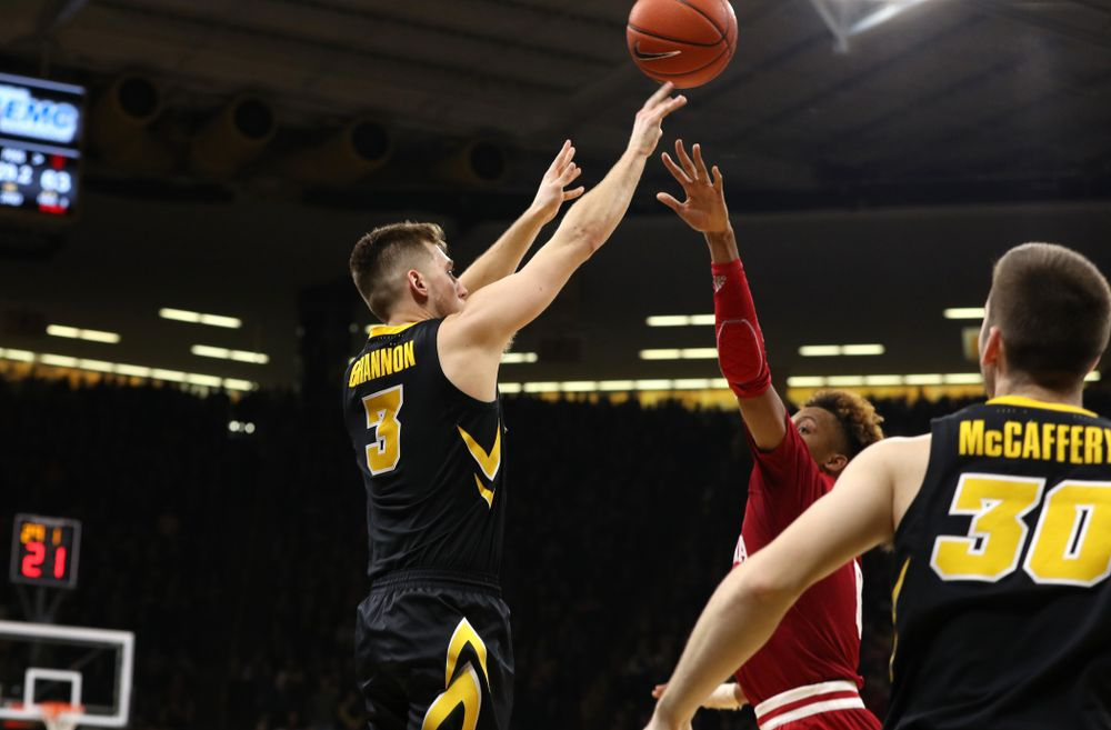 Iowa Hawkeyes guard Jordan Bohannon (3) makes a three point basket to tie the game late against the Indiana Hoosiers Friday, February 22, 2019 at Carver-Hawkeye Arena. (Brian Ray/hawkeyesports.com)