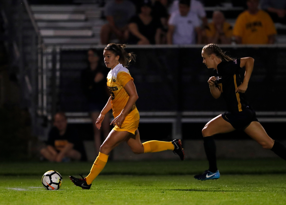 Iowa Hawkeyes Riley Burns (33) against the Missouri Tigers Friday, August 17, 2018 at the Iowa Soccer Complex. (Brian Ray/hawkeyesports.com)