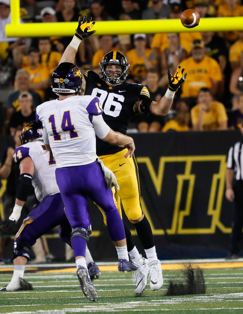 Iowa Hawkeyes defensive lineman Matt Nelson (96) rushes the quarterback during a game against Northern Iowa at Kinnick Stadium on September 15, 2018. (Tork Mason/hawkeyesports.com)
