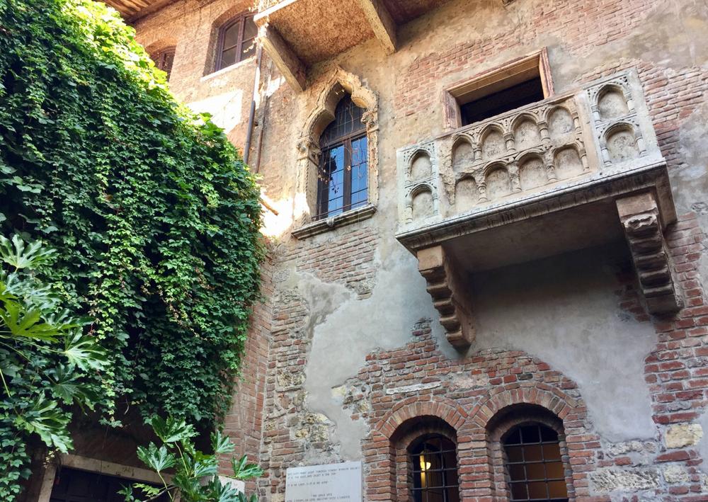 Romeo and Juliet's Balcony/Courtyard -- Verona, Italy