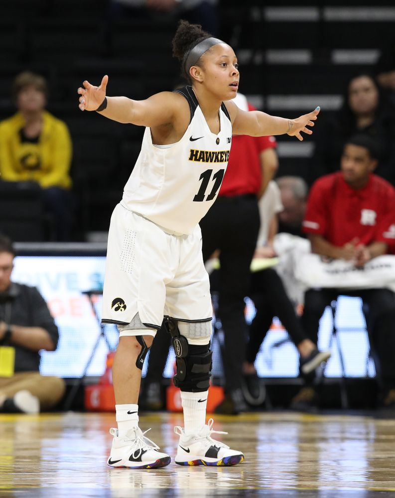 Iowa Hawkeyes guard Tania Davis (11) against the Rutgers Scarlet Knights Wednesday, January 23, 2019 at Carver-Hawkeye Arena. (Brian Ray/hawkeyesports.com)