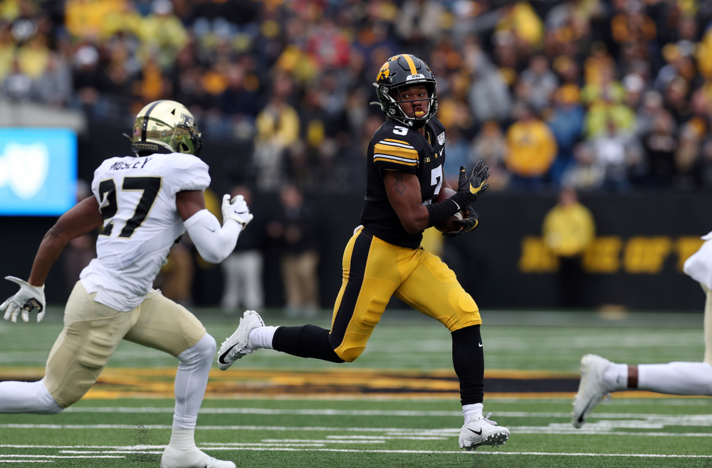 Iowa Hawkeyes wide receiver Tyrone Tracy Jr. (3) against the Purdue Boilermakers Saturday, October 19, 2019 at Kinnick Stadium. (Brian Ray/hawkeyesports.com)