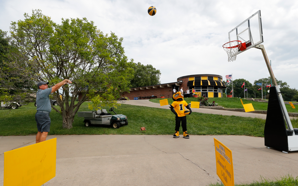 The 2018 Chris Street Memorial Golf Outing Monday, August 27, 2018 at Finkbine Golf Course. (Brian Ray/hawkeyesports.com)