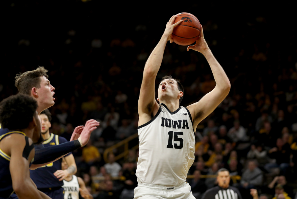 Iowa Hawkeyes forward Ryan Kriener (15) against the Michigan Wolverines Friday, January 17, 2020 at Carver-Hawkeye Arena. (Brian Ray/hawkeyesports.com)