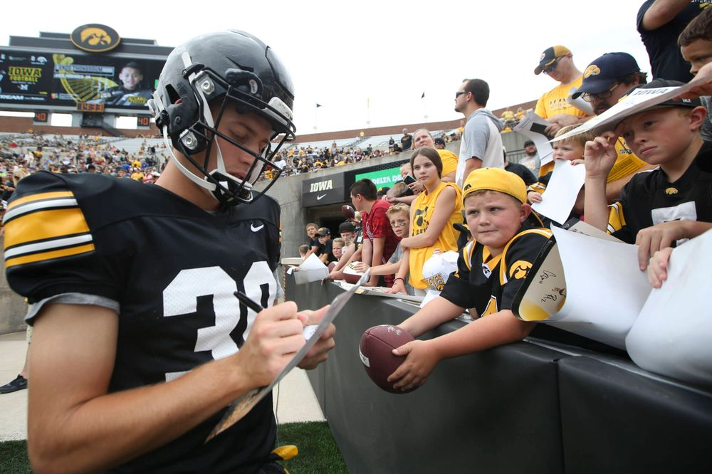 Iowa Hawkeyes tight end Nate Wieting (39) during Kids Day at Kinnick Stadium on Saturday, August 10, 2019. (Lily Smith/hawkeyesports.com)