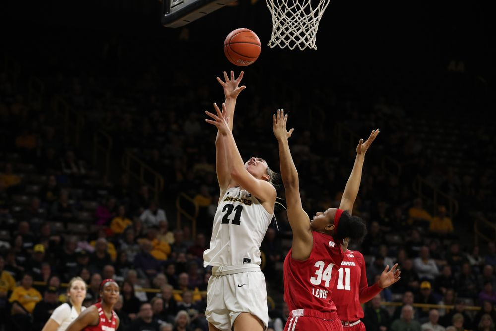 Iowa Hawkeyes forward Hannah Stewart (21) against the Wisconsin Badgers Monday, January 7, 2019 at Carver-Hawkeye Arena.  (Brian Ray/hawkeyesports.com)