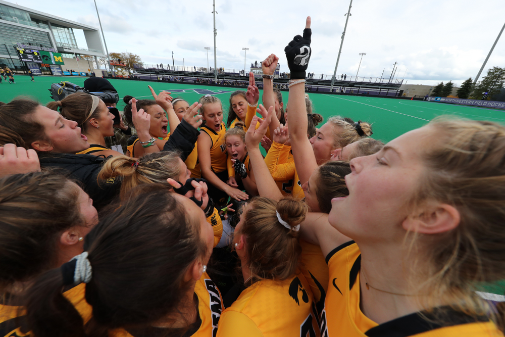 The Iowa Hawkeyes get pumped up for their game against the Michigan Wolverines in the semi-finals of the Big Ten Tournament Friday, November 2, 2018 at Lakeside Field on the campus of Northwestern University in Evanston, Ill. (Brian Ray/hawkeyesports.com)