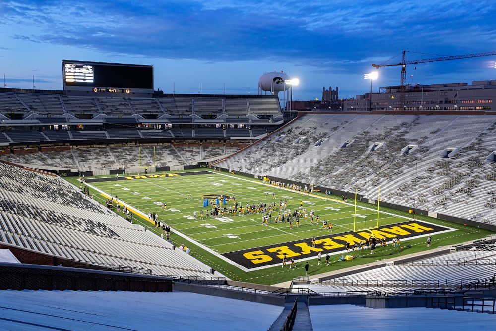 The Iowa Hawkeyes work on drills during Fall Camp Practice No. 12 at Kinnick Stadium in Iowa City on Thursday, Aug 15, 2019. (Stephen Mally/hawkeyesports.com)