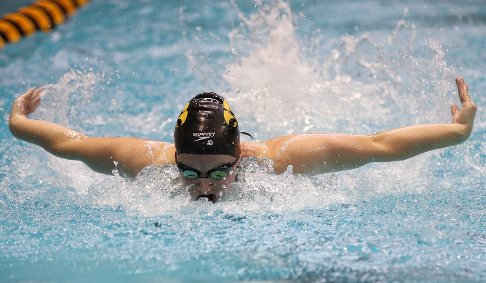 Iowa's Amy Lenderink competes in the 200-yard butterfly during the third day of the Hawkeye Invitational at the Campus Recreation and Wellness Center on November 17, 2018. (Tork Mason/hawkeyesports.com)