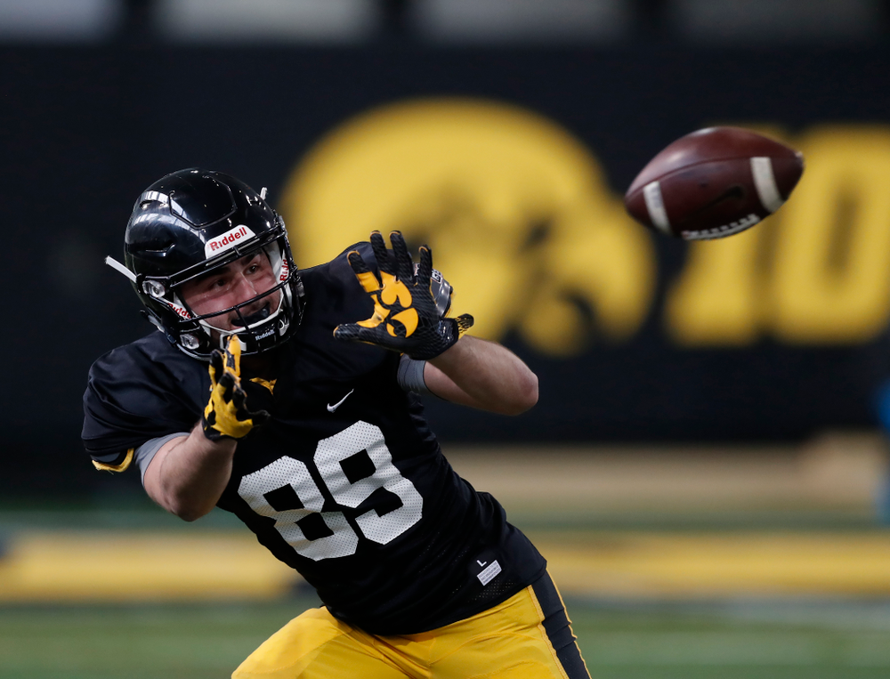 Iowa Hawkeyes wide receiver Nico Ragaini (89) during spring practice Wednesday, March 28, 2018 at the Hansen Football Performance Center.  (Brian Ray/hawkeyesports.com)