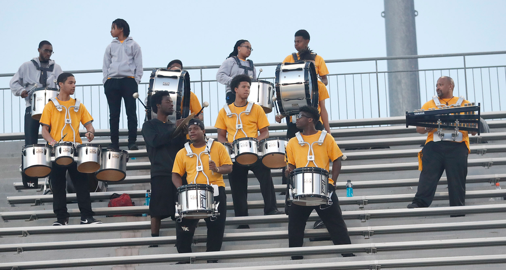 Distance carnival drum corps