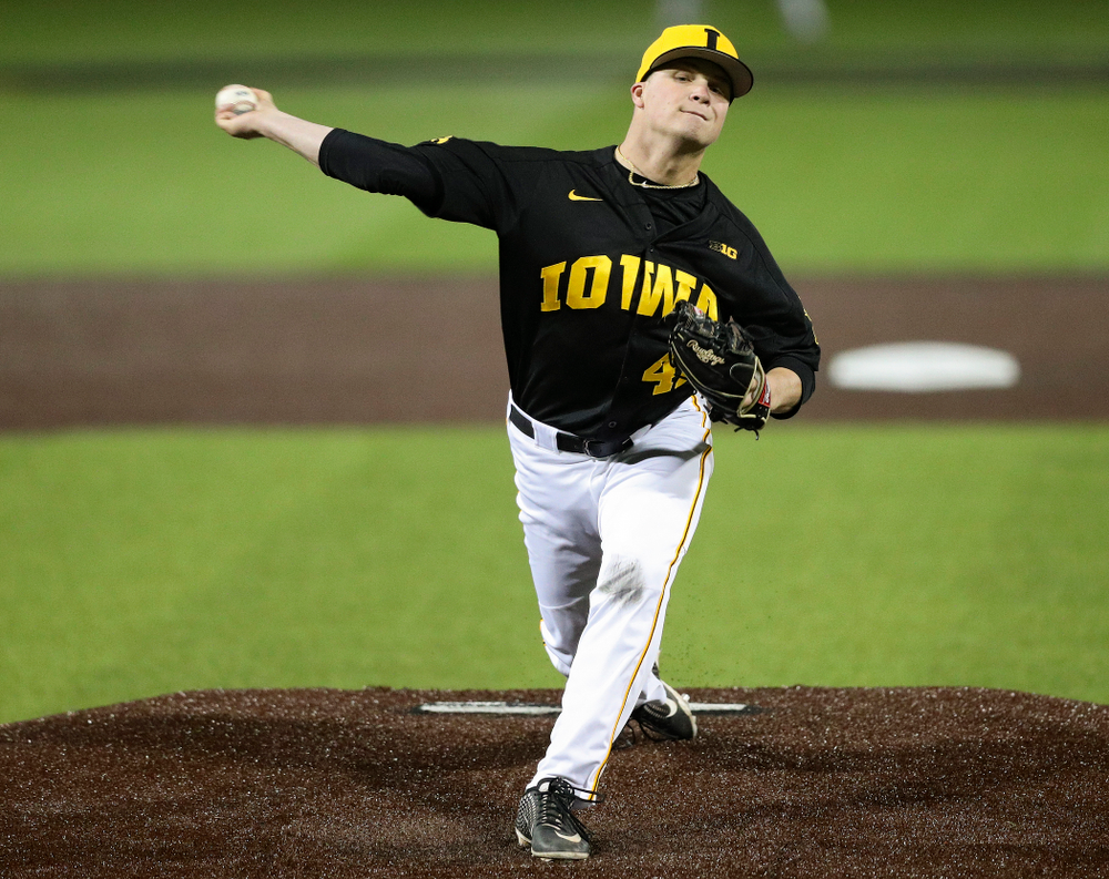 Iowa Hawkeyes pitcher Trace Hoffman (42) delivers to the plate during the seventh inning of their game against Western Illinois at Duane Banks Field in Iowa City on Wednesday, May. 1, 2019. (Stephen Mally/hawkeyesports.com)